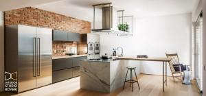 arredamento-cucina-13-acciaio-massello-marmo-carrara