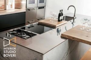 arredamento-cucina-15-acciaio-massello-marmo-carrara