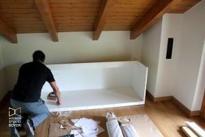 camera-letto-mansarda-01-montaggio-parete-letto-interior-studio-boveri